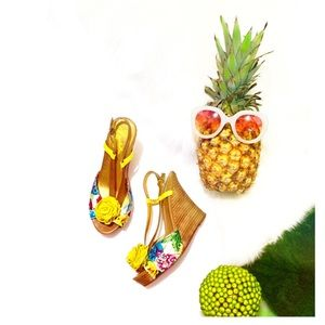 Seychelles Wedges Hot Pink Yellow Turquoise Green
